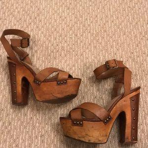 Wooden Platform Sandal